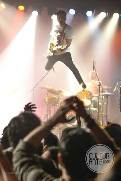 Rock Português, Diabo na Cruz, Os diabo na cruz ao vivo, Diabo na Cruz em concerto, Videos diabo na cruz, fotos ao vivo, live,, portuguese music