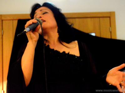Fadista Alexandra Monteiro