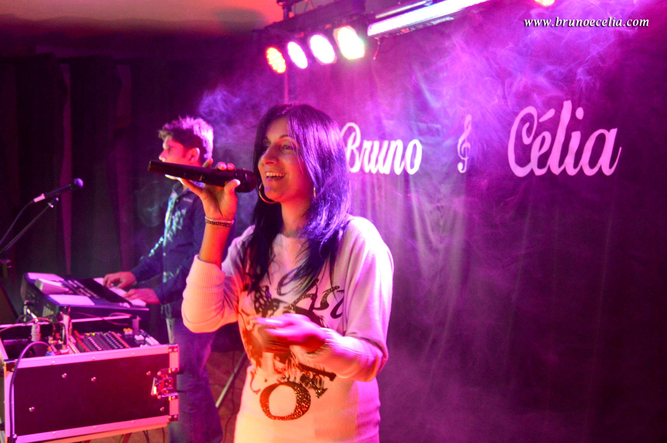Bruno e Célia, Duos musicais, duo, trio, grupo, grupo musical, festaas, bandas, teclistas, organistas, cantoras, arraial, organistas