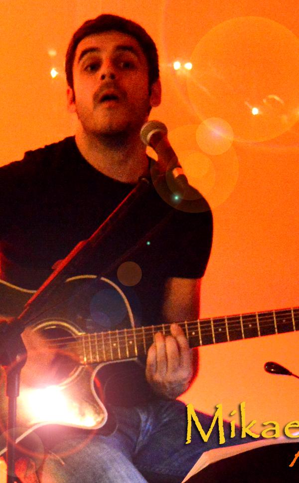 Mikael Lopes acústico, Mikael Lopes ao vivo, artistas, espetáculos, guitarra, viola, covers, versões, musica portuguesa, cantores